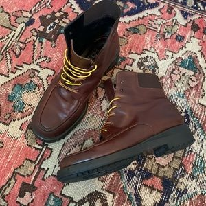 VTG Joan & David Lace-Up Leather Boots